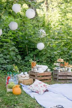 Precious Tips for Outdoor Gardens - Modern Brunch Party Decorations, Bridal Shower Decorations, Balloon Decorations, Diy Birthday Invitations, Shower Invitations, Birthday Brunch, String Lights Outdoor, Diy Garden Decor, Blog