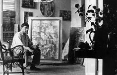 Georges Braque in his studio, 1912, photograph. Archives Laurens. Snark / Art Resource, N.Y. © 2011 Artists Rights Society (ARS), New York / ADAGP, Paris