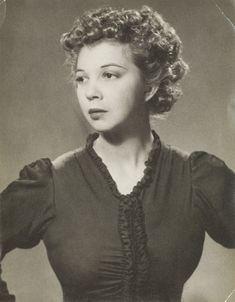 Leonor Fini by Man Ray (Paris, 1936)