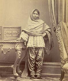 Portrait of a Hindu girl in Karachi in salwar kameez. british library | Tumblr