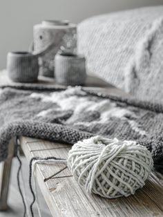 DIY | Kissenhülle mit Elchmotiv selber stricken