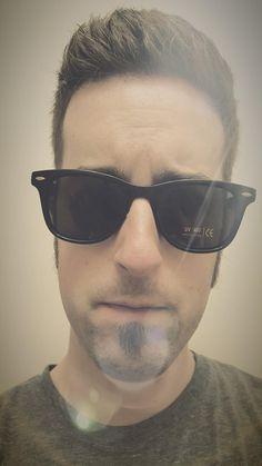 ee0031eb8 Rivacci Men Women Wayfarer Black Frame / G15 Green - Gray Lens Classic  Retro Polarized Sunglasses at Amazon Men's Clothing store: