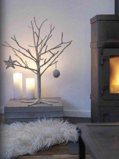 35 Awesome Traditional Christmas Tree Alternatives   Home Decor