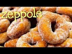 Zeppole – La video ricetta delle zeppole Share on: WhatsApp Cupcake Recipes, Cupcake Cakes, Dessert Recipes, Italian Cookies, Italian Desserts, Gourmet Recipes, Cooking Recipes, Christmas Eve Dinner, Puff Pastry Recipes