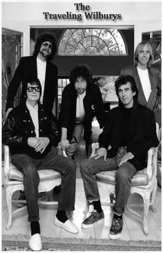 The Travelling Wilburys - Roy Orbison, Jeff Lynne, Tom Petty, Bob Dylan, George Harrison. The ultimate Supergroup! Music Love, Kinds Of Music, Music Is Life, Rock Music, My Music, Music Film, Bob Dylan, Paul Mccartney, Rock And Roll