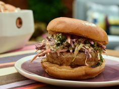 Get Tuna Burgers with Chipotle Slaw Recipe PLUS other burger recipes! From Food Network. Slaw Recipes, Fish Recipes, Seafood Recipes, Healthy Recipes, Burger Recipes, Healthy Meals, Tuna Burgers, Burger Dogs, Stuffed Burgers