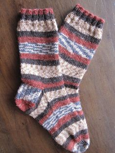 Ready to knit your first pair of socks? This pattern is perfect to practice your sock knitting basics. This sock uses the Magic Loop technique for its construction of a basic, top-down sock. Get the free knitting pattern at Craftsy! Magic Loop Knitting, Knitting Basics, Loom Knitting, Knitting Patterns Free, Free Knitting, Knitting Projects, Knitting Socks, Crochet Patterns, Free Pattern