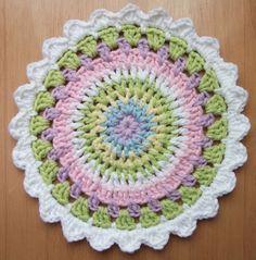 love made my home: Crochet