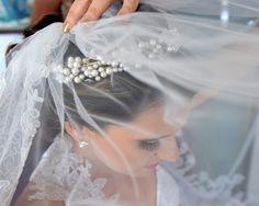 """Exposição fotográfica """"O casamento dos sonhos"""" comemora o Dia Mundial da Fotografia em livrarias Saraiva de Recife. Confira mais informações no Bem Me Quer Casar (www.bemmequercasar.com.br)"""