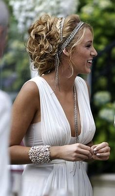 Bohemian wedding tiara hairstyles (this is so cool! forget just for a wedding, but anytime during the year)