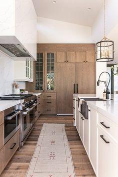 Home Interior Design .Home Interior Design Classic Kitchen, New Kitchen, Kitchen Decor, Kitchen Ideas, Kitchen Inspiration, Kitchen Designs, Space Kitchen, Awesome Kitchen, Kitchen Hacks