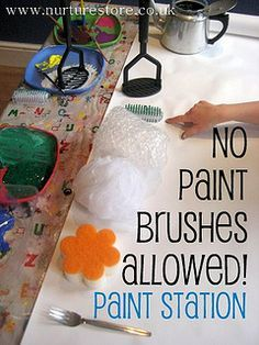 No Paint Brushes Allowed Painting Station: encourage your kids creativity with some different art tools. kids, phooy, I want to do this! Kindergarten Art, Preschool Art, Preschool Painting, Toddler Activities, Preschool Activities, Painting Activities, Outdoor Activities, Creative Activities, Creative Play