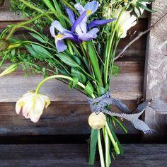 Flowers: Design by Terrain. | Custom brass tags: Forage Haberdashery. Image via Nicole Franzen. #terrainsignsofspring