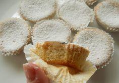 Almond spanish cupcakes - Marquesas de almendras  http://decoraciondemabel.blogspot.com.es/2012/11/marquesas.html