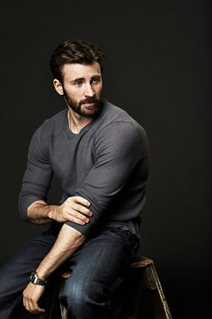 Variety magazine, chris evans beard, robert evans, beards, he' Chris Evans Captain America, Capitan America Chris Evans, Capt America, Robert Evans, Chris Evans Tumblr, Chris Evans Funny, Cris Evans, Walt Disney Co, Kevin Feige