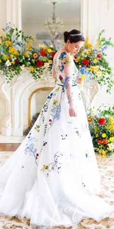 18 Floral Wedding Dresses For Magic Party ❤ floral wedding dresses white with sleeves moniquelhuillier ❤ #weddingdresses #weddingoutfit #bridaloutfit #weddinggown Colored Wedding Dresses, Wedding Party Dresses, Magic Party, Bridal Outfits, Floral Wedding, Ball Gowns, Floral Prints, Bride, Formal Dresses