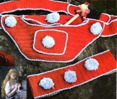 tejidos artesanales en crochet: riñonera y vincha con pompones tejidas en crcohet