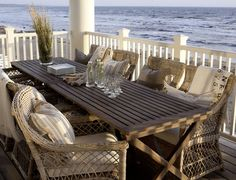 Outdoor coastal living