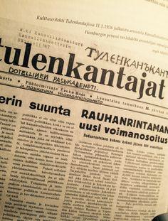 Tämän kuvasin Hanna Korsbergin väitöskirjasta. Siellä lähteeksi oli merkitty Suomen Kansallisteatterin arkisto. Olen ihan sun neuvojen varassa, että miten menetellään: skannataaanko kirjasta vai mennäänkö alkuperäislähteelle. Joka tapuksesssa tuo kuva pitäisi mielestäni ehdottomasti olla kirjassa mukana!