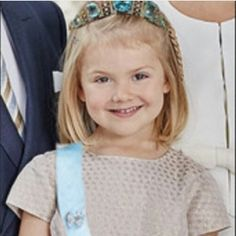 Princess Estelle in a tiara. Princess Victoria Of Sweden, Crown Princess Victoria, Swedish Royalty, Cabbages, Royal Babies, Royal House, Human Condition, Little People, Articles