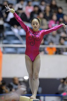 Artistic Gymnastics, Gymnastics Girls, Gymnastics Apparatus, Dancing Figures, Balance Beam, Gymnastics Pictures, Female Gymnast, Sport Girl, Leotards