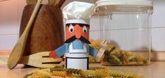 #Manualidades para hacer con niños: Chef italiano con tubos de papel higiénico #crafts #kids