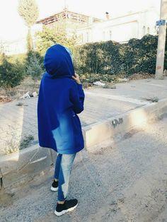 fake kapal k zlar Cute Girl Photo, Girl Photo Poses, Girl Photography Poses, Girl Poses, Hijabi Girl, Girl Hijab, Stylish Girls Photos, Stylish Girl Pic, Muslim Girls