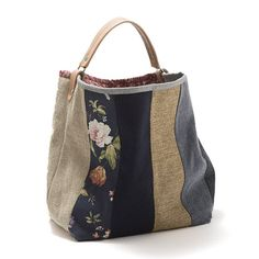 How To Buy Designer Bags With Confidence – Best Fashion Advice of All Time Patchwork Bags, Quilted Bag, Bag Quilt, Denim Bag, Big Bags, Handmade Bags, Handmade Bracelets, Tote Purse, Leather Handle