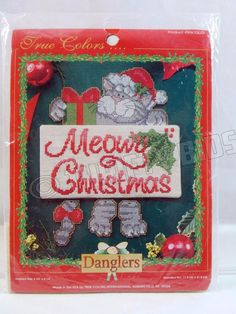 True Colors SRK70032 Dangler Cat Meowy Christmas CrossStitch Plastic Canvas Kit #TrueColors #DoorSignDanglerOrnament