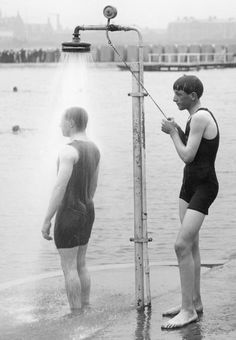 Beach shower. Southport, Lancashire, England. 1914 Beach Pics, Beach Pictures, Southport England, England Beaches, Beach Shower, Liverpool Home, Vintage Swim, Old Photographs, Gw