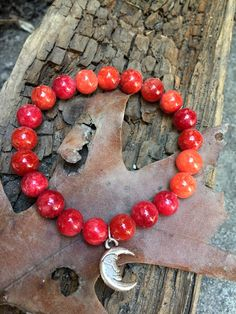 Shop for on Etsy, the place to express your creativity through the buying and selling of handmade and vintage goods. Stone Chips, Red Agate, Agate Stone, Gypsy Style, Fashion Bracelets, Reiki, Crystal Healing, Chakra, My Etsy Shop
