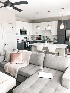 Home Interior Layout .Home Interior Layout Open Kitchen And Living Room, Small Living Rooms, Home Living Room, Apartment Living, Living Room Designs, Living Room Decor, Cozy Living, Dallas Apartment, White Apartment