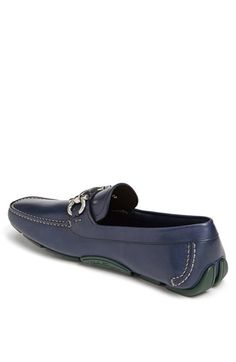 Nice Shoe, but does it come in a size Mens Shoes Boots, Shoe Boots, Chelsea, Driving Shoes Men, Kicks Shoes, Mens Gear, Driving Moccasins, Dream Shoes, Casual Boots