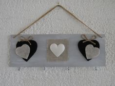 Porta collane da parete con cuori http://www.alittlemarket.it