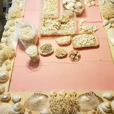 Heather Kendall Designs - Inicio | Facebook Seashell Chandelier, Fireplace Surrounds, Sea Shells, Kendall, Table Decorations, Facebook, Design, Home Decor, Decoration Home