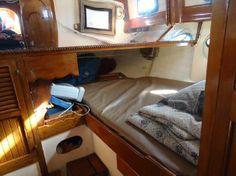 Cute linens!http://www.sailboat-interiors.com/ http://www.sailboat-interiors.com/store