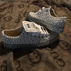 Converse Shoes - Converse Allstar customed w Pearls & Bling 💎💎 Bling Shoes, Glitter Shoes, Pearl Shoes, Converse Shoes, Shoes Sneakers, Denim And Diamonds, All Star, Shoe Art, Custom Shoes