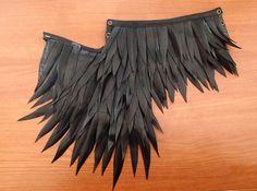 Kragen handgefertigt mit langen Federn recycelt Luftkammer