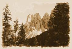 Berge, sepia, Felsen,'Südtirol' von hako bei artflakes.com als Poster oder Kunstdruck $16.63, (c) HaKo - Photo