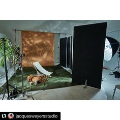 When the Set Design is on point! - Famous BTS Magazine
