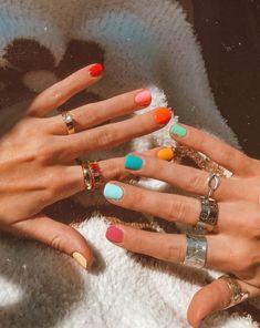 Cute Shellac Nails, Cute Acrylic Nails, Nail Manicure, Cute Nails, Pretty Nails, Summer Shellac Nails, Unicorn Nails Designs, Funky Nails, Minimalist Nails