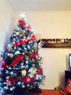 Christmas tree Christmas Tree, Homemade, Teal Christmas Tree, Holiday Tree, Xmas Tree, Home Made, Diy Crafts, Do It Yourself, Christmas Trees