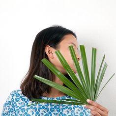 The plants are in focus in our botanical collections #naturaldyes #green #botanical #organic #plantdyes #blue #indigo #print #geometric #graphic #textiledesign #Style #ecofashion #vegan #lovenature #happydiwali #loveindia #celebrate #diwali @jarkasnajberk