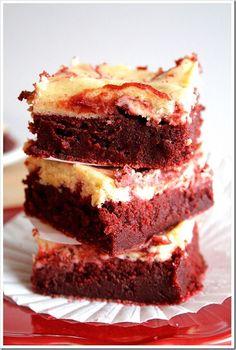 Red Velvet Cheesecake Swirl Brownies: Yum!