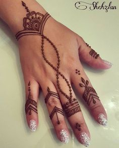 Beautiful henna design for any occasion! Beautiful henna design for any occasion! Cute Henna Designs, Henna Tattoo Designs Simple, Finger Henna Designs, Mehndi Designs For Fingers, Beautiful Henna Designs, Easy Henna Hand Designs, Tattoo Simple, Henna Designs For Beginners, Mehandi Designs Easy