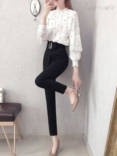 Stylish Work Outfits, Cute Casual Outfits, Stylish Dresses, Simple Outfits, Pretty Outfits, Elegant Dresses, Girls Fashion Clothes, Teen Fashion Outfits, Look Fashion