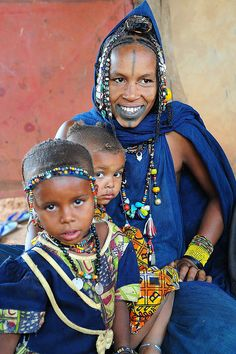 THIS BEADIFUL WORLD..., Peul family, north of Mali towards Mauritania by...