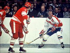 Hockey Teams, Hockey Players, Ice Hockey, Hockey Stuff, Canada Cup, Summit Series, Vancouver Canucks, Hockey Cards, National Hockey League