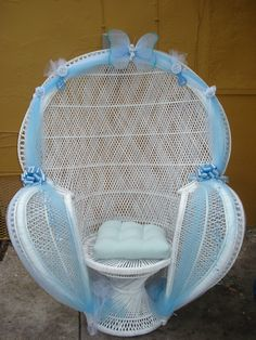 1000 images about Baby shower chairs on Pinterest