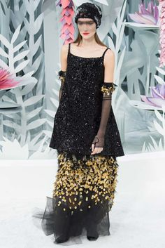 Chanel Spring 2015 Couture - Front-row - Gallery - Style.com Love the silhouette.